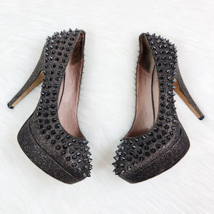 [VINCE CAMUTO] Madelyn Glitter Spiked Heels